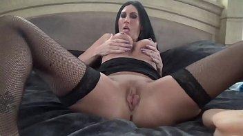 Mulher tendo orgasmo intenso