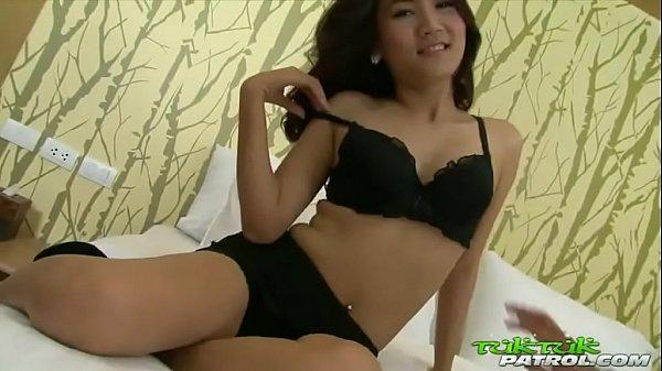 Japonesa safadinha fodendo no motel