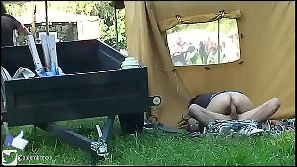 Sexo no acampamento