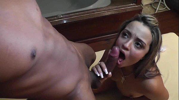 Sexo video com Thalita Ramos dando para um negão safado da porra