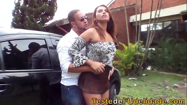 Transou com a mulher do amigo em um porno brasileiro bem fodão