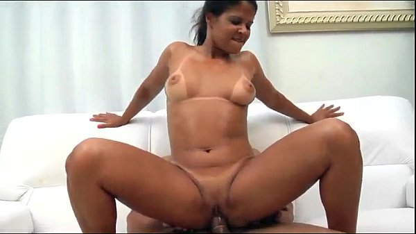 Parsexual com morena brasileira fodendo